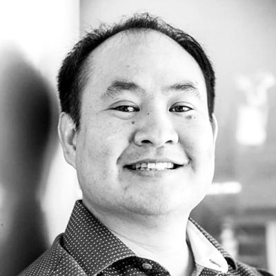 Disruptor-spkears-Dennis Yu-BW